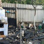 В Тирасполе из-за неосторожного обращения с огнём сгорел сарай (ФОТО)