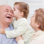 Статистика: женщины в Молдове живут дольше мужчин (ИНФОГРАФИКА)