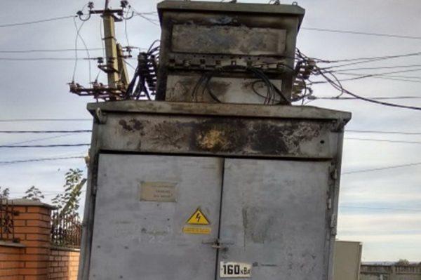 В Тараклии неизвестные слили масло из трансформатора и обесточили село