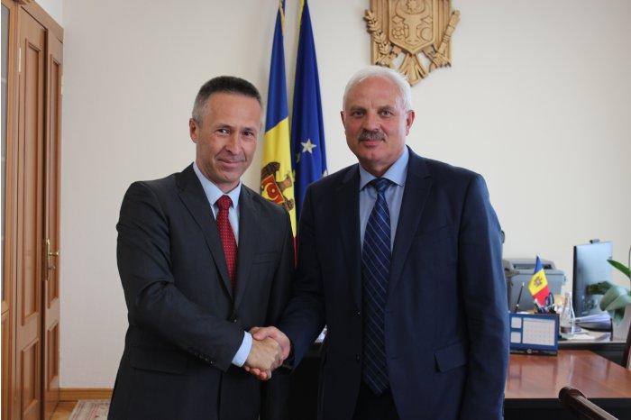 Вице-премьер по реинтеграции встретился с послом Словакии в Молдове