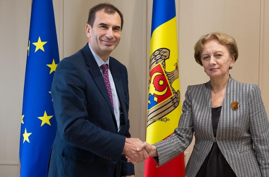 Спикер обсудила важные вопросы с вице-председателем ЕБРР