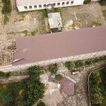 Страшные последствия стихии на юге страны: деревья падали на газопроводы, блокировали въезды в больницы и трассы, а ветер сносил крыши зданий