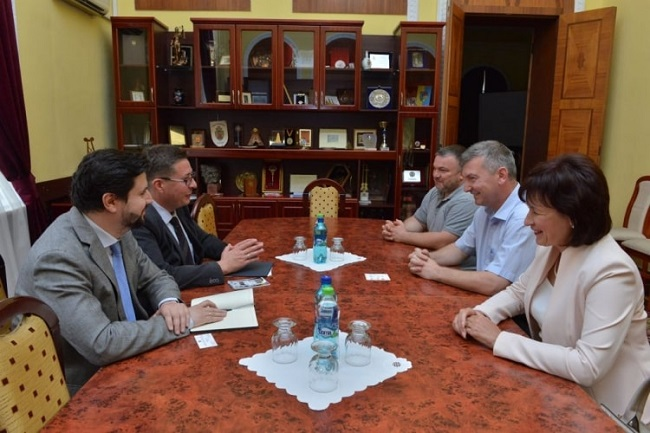 По инициативе советника ПСРМ в примэрии Кишинева обсудили сотрудничество с Россией на благо молдавской столицы