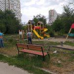 До конца лета по 80 адресам в Кишиневе будут отремонтированы детские площадки