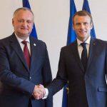 Додон поздравил Макрона с Национальным днем Французской республики