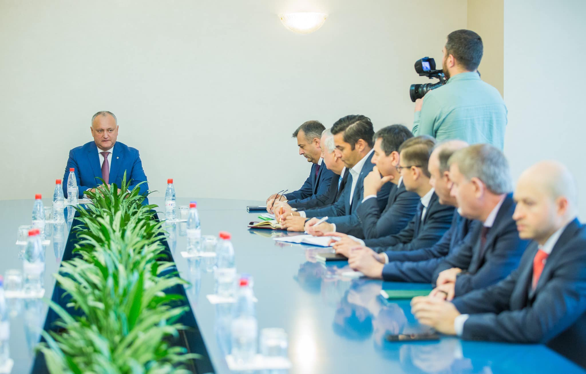 Додон провел встречу с руководителями коммерческих банков в Молдове (ФОТО, ВИДЕО)