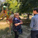 Социалисты взялись за ремонт старых детских площадок (ФОТО)