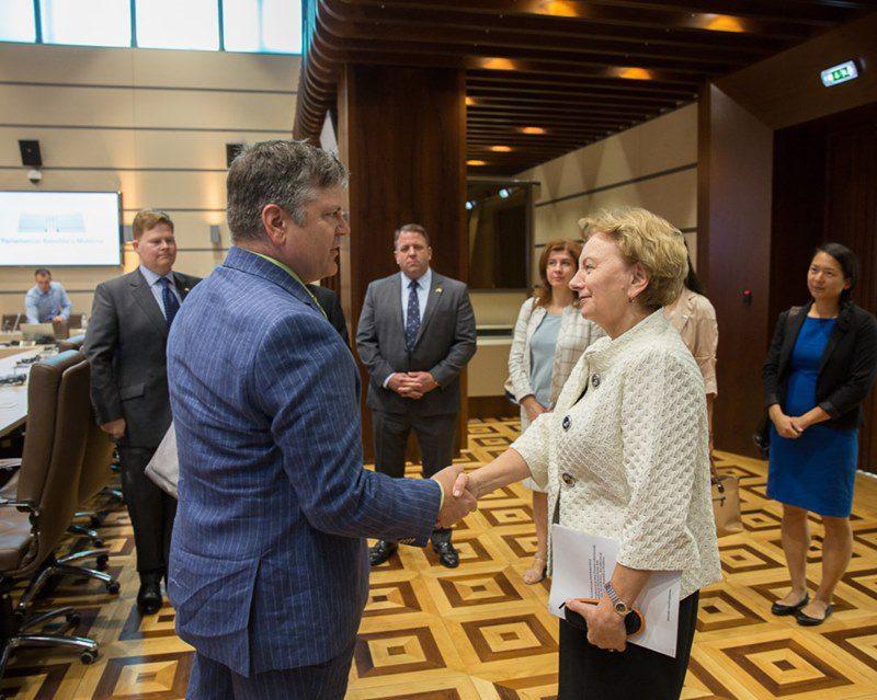 Спикер провела встречу с представителями посольства США и Агентства США по международному развитию (ФОТО)