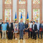 Прославившие нашу страну за границей спортсмены получили высокие государственные награды от президента (ФОТО, ВИДЕО)