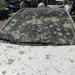 В столице забрызгали бетоном несколько припаркованных авто (ФОТО)
