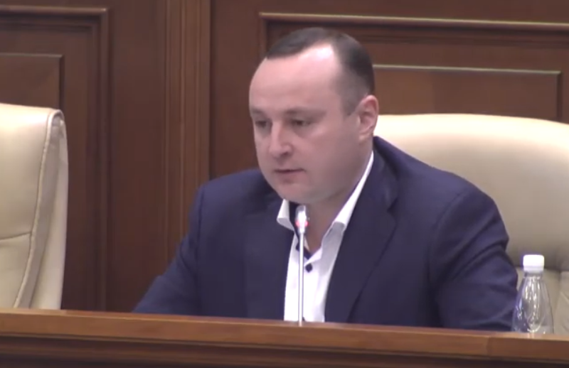 Социалисты в парламенте выступили в защиту страховщиков (ВИДЕО)