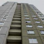 В Гомеле молдаванка выпала из окна 23 этажа и осталась жива