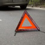 В Бендерах невнимательный водитель при движении задним ходом сбил женщину