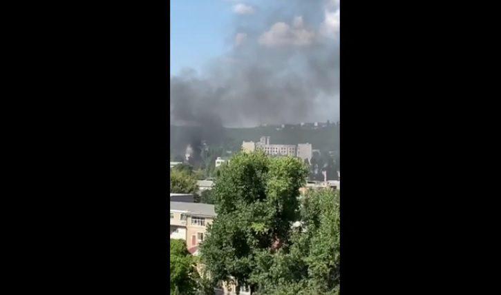 Вокруг дым: на Скулянке загорелась мусорная свалка (ФОТО)
