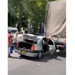 В столице машина такси врезалась в грузовик: пассажир госпитализирован (ВИДЕО)