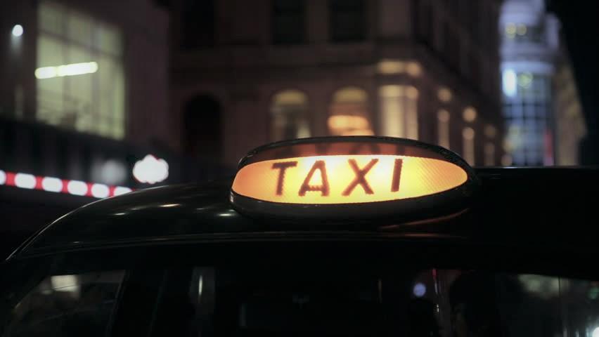 Шок: жительницу столицы попытался изнасиловать водитель такси