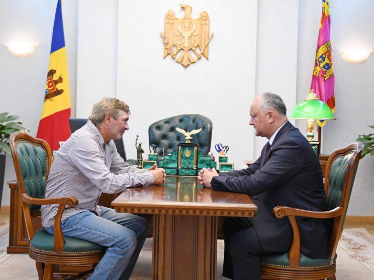 Глава государства обсудил стратегию развития футбола в нашей стране