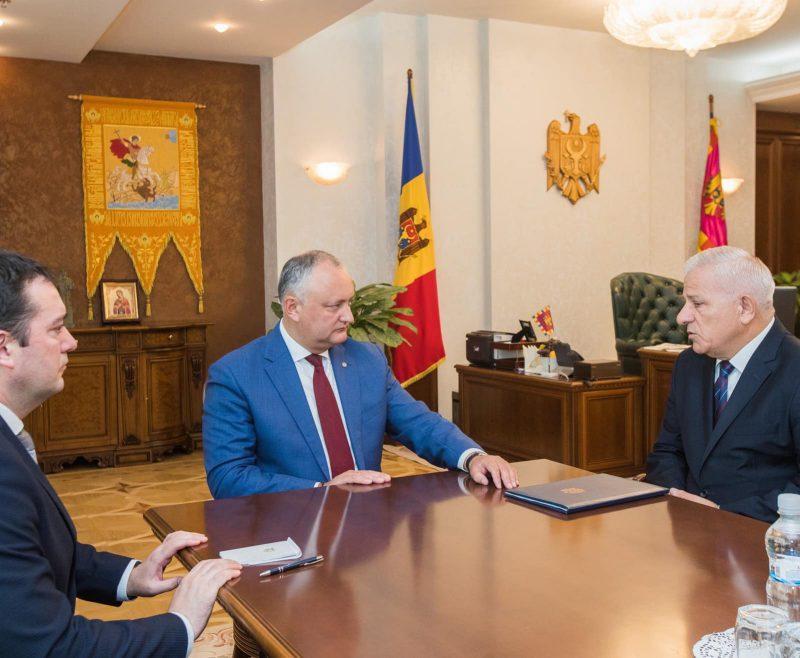 Президент провел встречу с председателем Союза адвокатов РМ (ВИДЕО, ФОТО)
