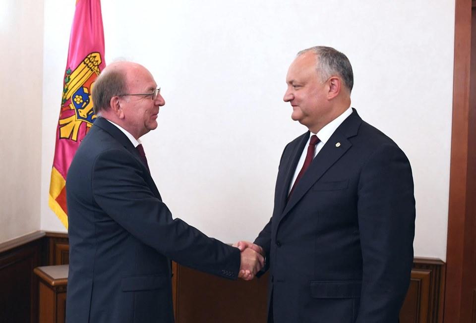 Додон провёл встречу с послом России в РМ (ФОТО, ВИДЕО)
