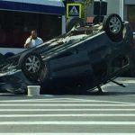 ДТП в секторе Чеканы: на дороге перевернулся автомобиль (ВИДЕО)