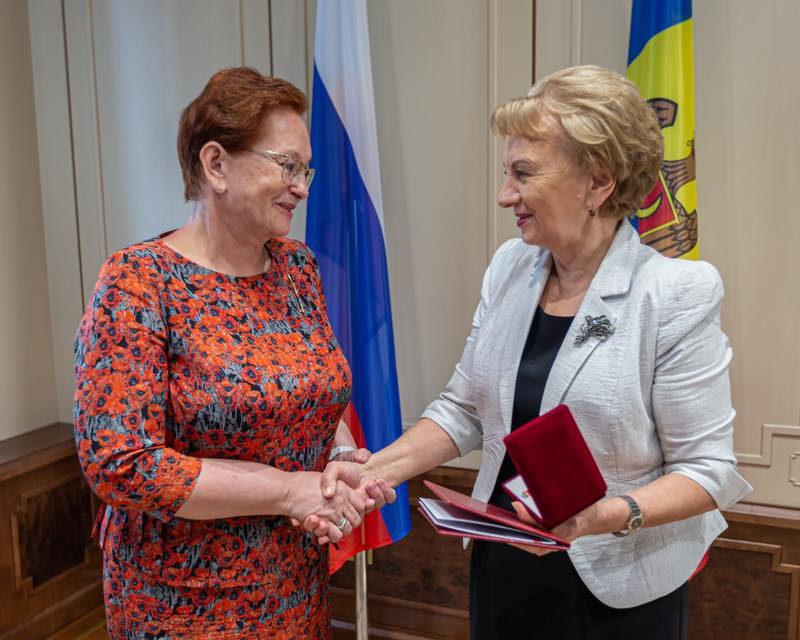Председатель Законодательной Думы Томской области награждена «Медалью за демократию» Парламента РМ