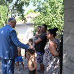 Президент продолжает уделять особое внимание семьям (ФОТО, ВИДЕО)