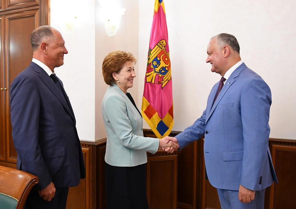 Додон провёл встречу с гостями из Совета Федерации (ФОТО, ВИДЕО)