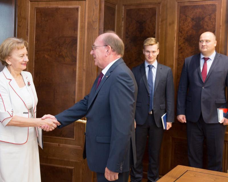 Гречаный – послу России: Парламент Молдовы выступает за укрепление стратегического партнерства с РФ (ФОТО)