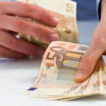 Четверо сотрудников НИП обвиняются в получении взяток от нарушивших ПДД водителей