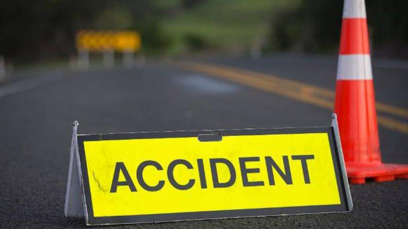 Жуткое ДТП в Пересечино: автомобиль перевернулся на крышу, пострадал водитель (ВИДЕО)