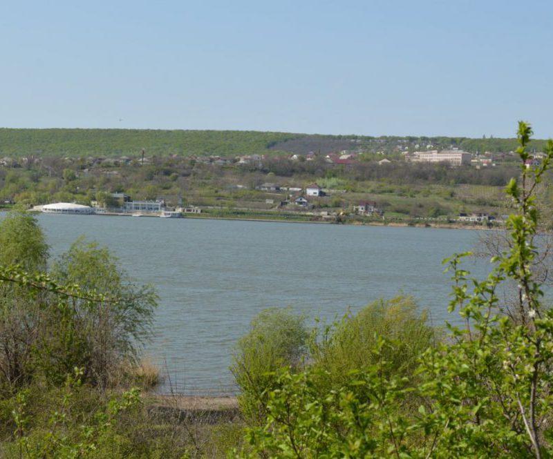 Труп мужчины обнаружен в Данченском озере