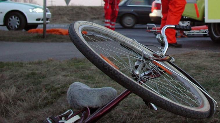 Смертельная авария в Каушанах: под колёсами авто погиб велосипедист