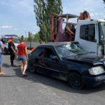 Серьёзное ДТП близ Анен: легковушка столкнулась с грузовиком (ФОТО)