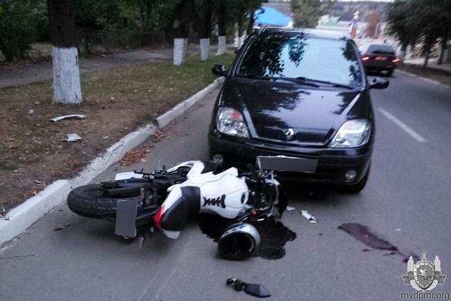В результате серьёзного ДТП в Каменке был госпитализирован мотоциклист (ФОТО)