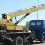 В Чадыр-Лунге грузовой автомобиль задымился на ходу