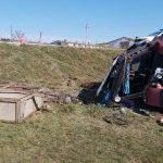 В Хынчештах перевернулся трактор: водитель попал в больницу, пассажирка погибла