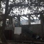 Разрушительный пожар в Хынчештах: семья с пятью детьми осталась без крыши над головой (ФОТО)