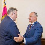 Президент провел встречу с прибывшим с визитом в РМ советником губернатора Санкт-Петербурга (ФОТО, ВИДЕО)