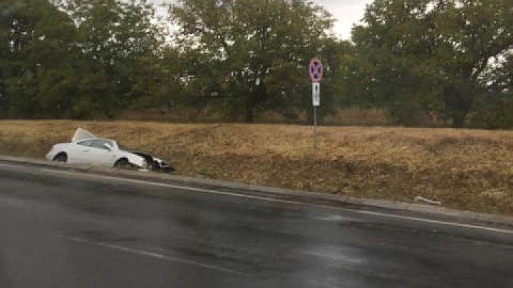 ДТП на трассе Кишинёв-Оргеев: автомобиль угодил в кювет