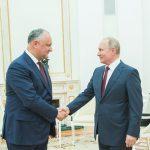 Путин поздравил Додона и весь молдавский народ с наступающими Новым годом и Рождеством (ФОТО)