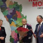 Один из основателей Партии социалистов, депутат Эдуард Смирнов празднует 80-летний юбилей
