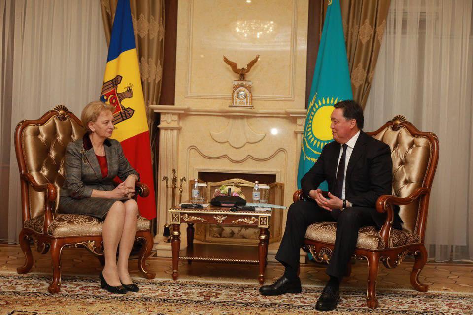 Гречаный провела встречу с премьер-министром Казахстана (ФОТО)