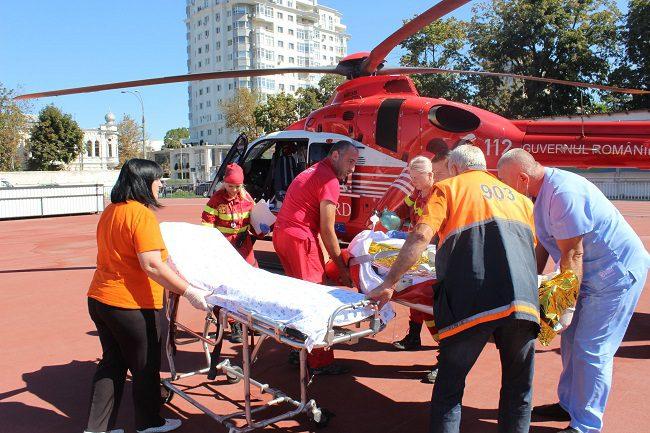 Экипаж SMURD доставил в Кишинёв пострадавшего в результате взрыва газа жителя Фалешт (ФОТО)