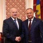 Игорь Додон провел телефонный разговор с Александром Лукашенко