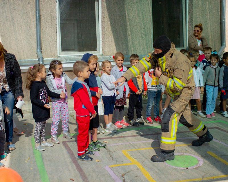 В столичном детском саду прошли учения по пожарной безопасности (ФОТО)
