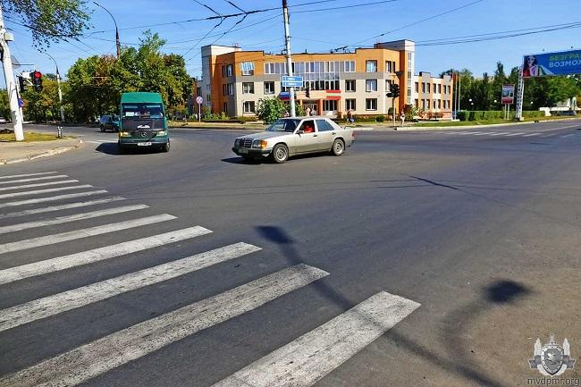 На участке улицы в Тирасполе в тестовом режиме было открыто двустороннее движение для легковых автомобилей