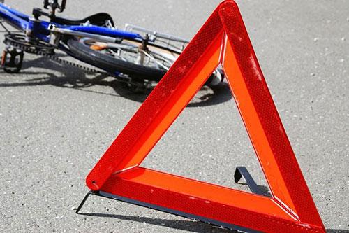 В Тирасполе невнимательный водитель сбил подростка на велосипеде