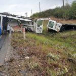 Страшная авария в Сынжерей: микроавтобус развалился на части