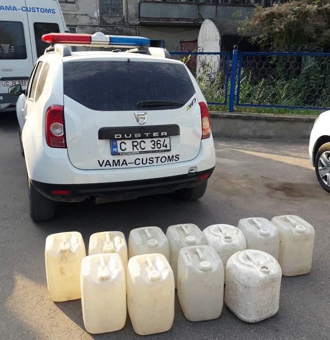 Крупная партия контрабандного спирта не прошла в обход таможенного контроля (ФОТО, ВИДЕО)