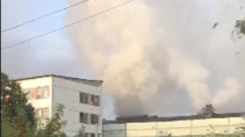 В Кишинёве вспыхнул пожар на складе: огонь тушили 6 расчетов